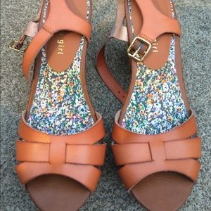 Madden Girl Tan Strappy Heeled Sandals Size 8M
